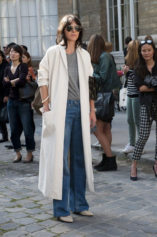 oversize white trench, wide leg denim, aviators, grey t-shirt