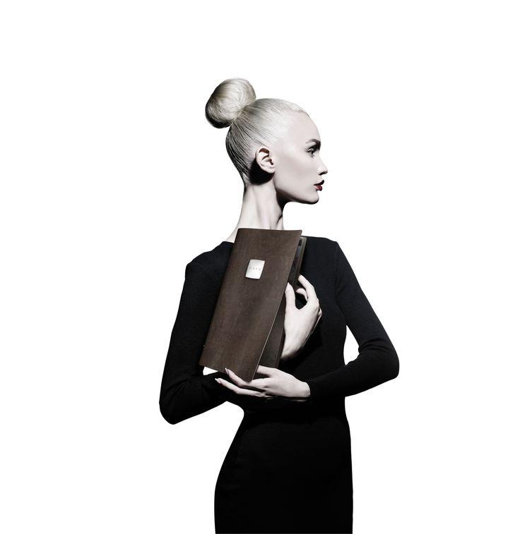 #DAGStylemagazine #menuholder #table #settable #tableaccessories #fashion #ecomenu
