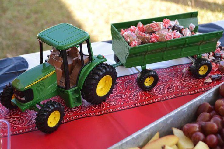 MOO! MOO!  Makenna's TWO!   CatchMyParty.com  #BarnyardParty #FarmParty #Cows #JohnDeere