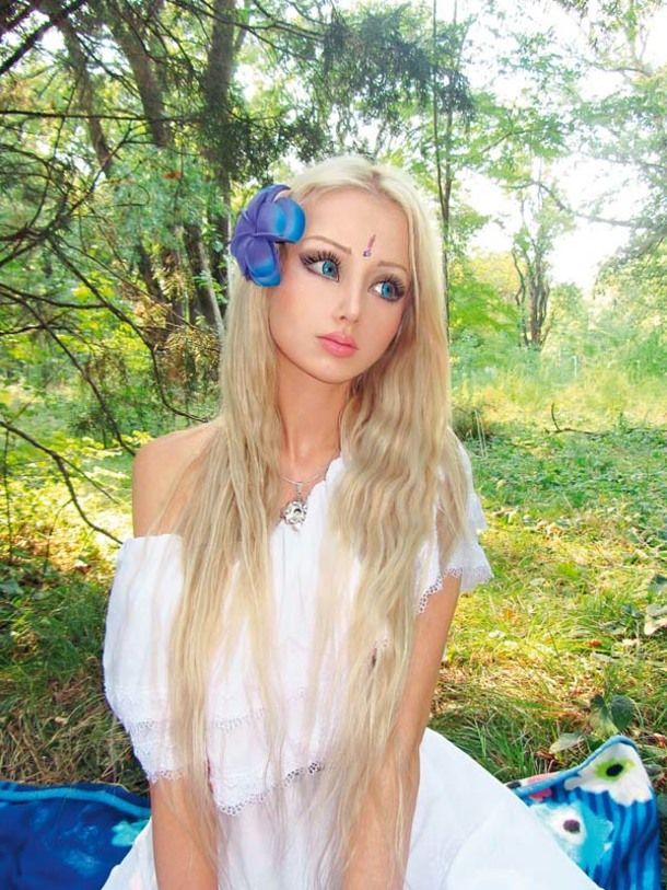 STARSEEDS - Valeria Lukyanova hints she is an alien from ...