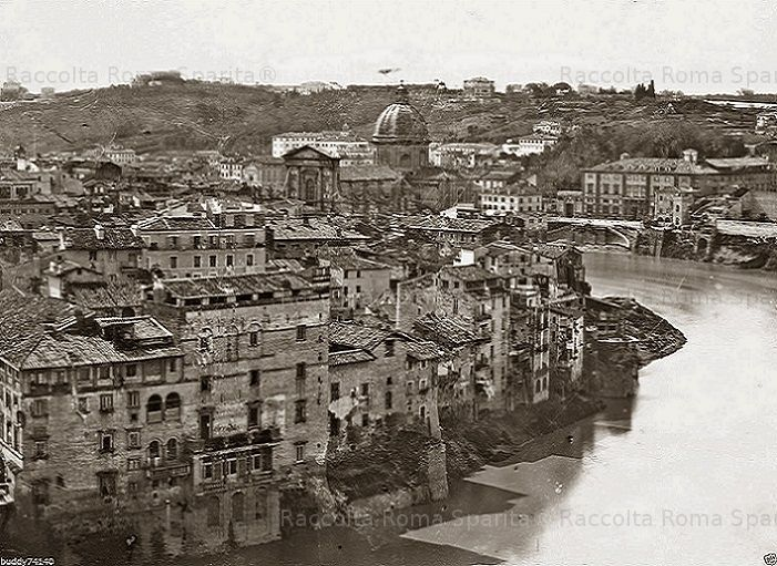 Foto storiche di Roma - Il Tevere prima della costruzione dei Muraglioni Anno: Ante 1888