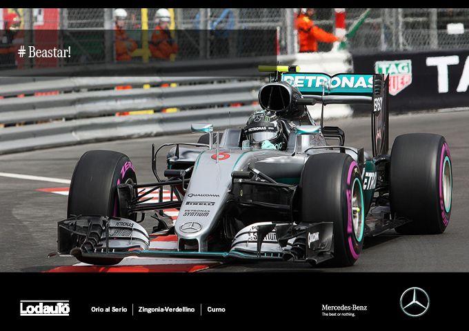 Rosberg campione del mondo! La stella #Mercedes sul primo gradino del podio. #beastar