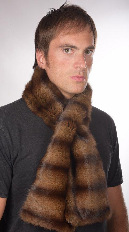 Sciarpa in pelliccia di petit gris per uomo   www.amifur.it