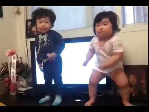▶ Dancing Babies From South Korea Move To 'I Got My Eye On You' - YouTube