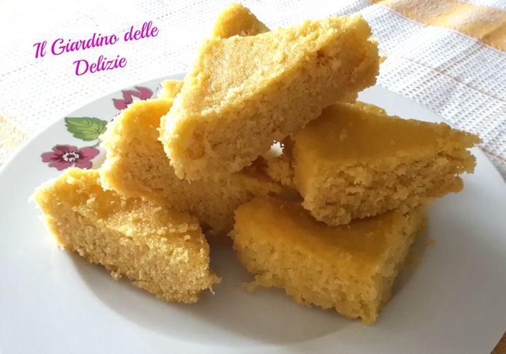 Torta latte al microonde, è una torta semplicissima, con pochi sani ingredienti, preparata al microonde con poche ed altrettanto semplicissime mosse