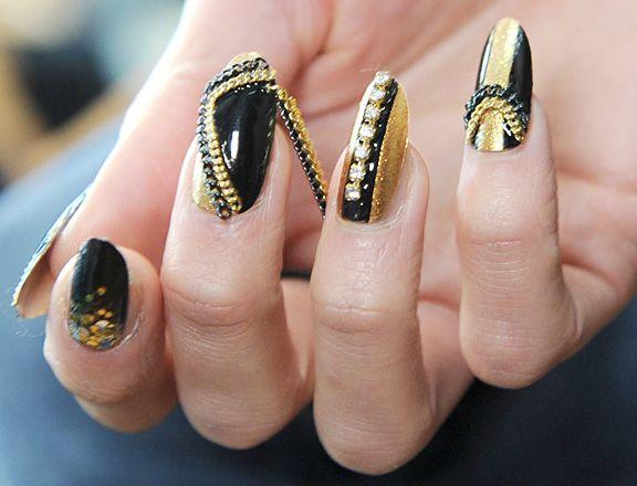 nail-art-new-york-fashion-week-fall-2013-kithe-brewster