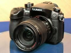 パナソニック、4K動画撮影に対応した初のミラーレス一眼「LUMIX GH4」