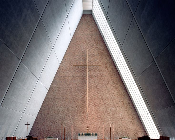 In his project Form/Faith, photographer Christoph Morlinghaus takes us on a grand tour through some of the very best Modernist religious architecture.