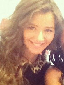 I would do almost anything to look like Eleanor Calder.....