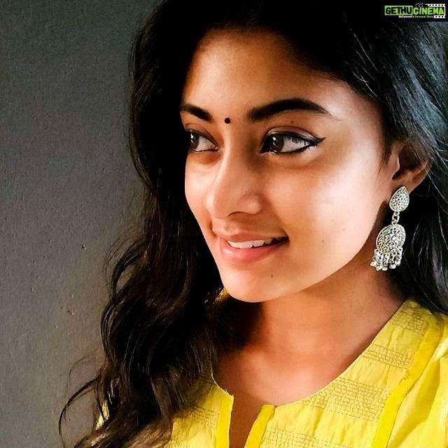 Actress Ammu Abhirami Latest Cute Images Ratsasan Thuppakki Munai Gethu Cinema Beautiful Indian Actress Most Beautiful Indian Actress Beauty Full Girl