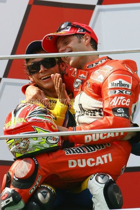 Il Dottore e Loris Caprirossi: great race, one of the funniest pictures, what a friendship!
