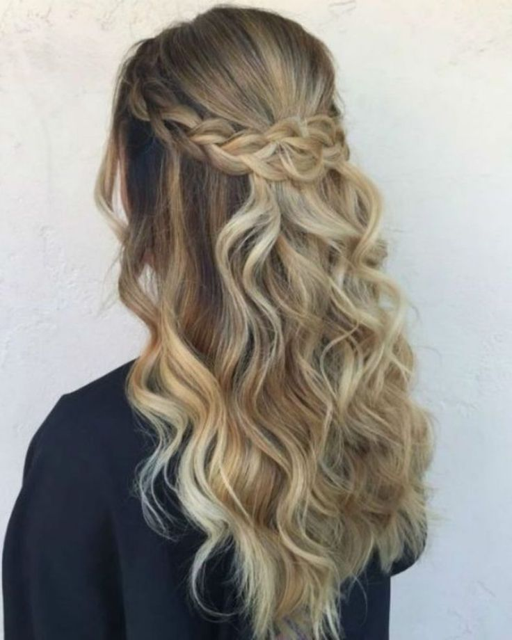 20 Lazy Day Hairstyles That Are Quick And Cute AF -