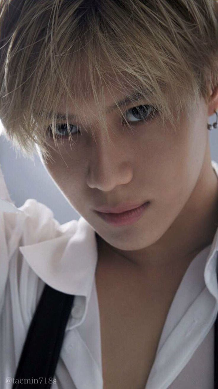 Like I said previously- Can't handle how beautiful he is....He looks good with every hair colour/eye colour combo. He dances like a demon and sings like an angel <3 160517 SHINee Taemin - Anan Magazine May Issue
