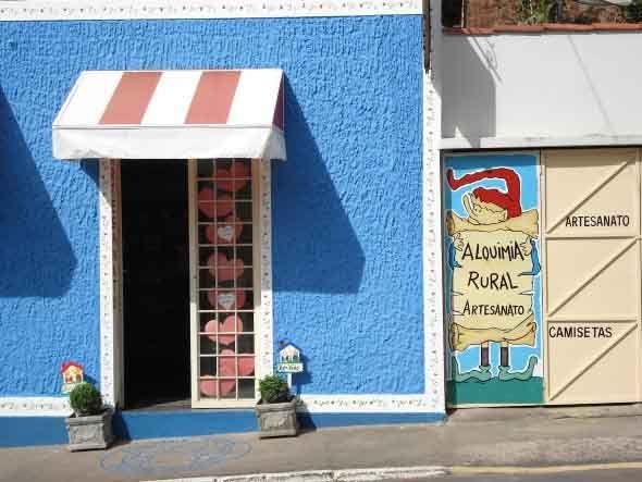 Fachadas de lojas pequenas 016