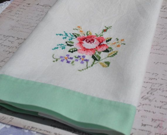 Vintage Hand Towel Cross Stitch Flowers by Raspberrytreats