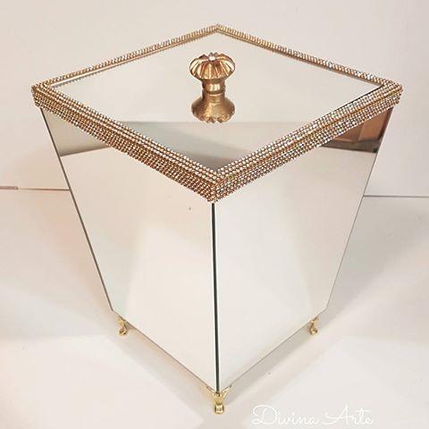 Mais um item de luxo para o lavabo.  @ateliedivinarte #ateliedivinarte…