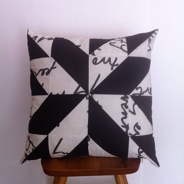"(@my_patchwork_place) on Instagram: ""#pillow #hst #handmade #my_patchwork_place #instaphoto #instapicture #handcrafted"""