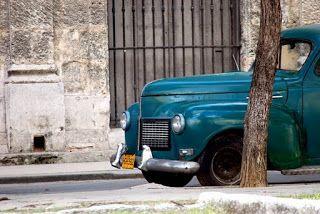PHOTO: Cuba - Camioncino di altri tempi