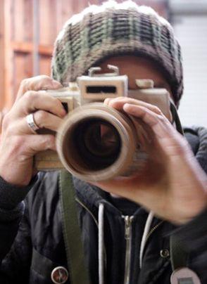 Las cámaras de fotos de cartón de Kiel Johnson