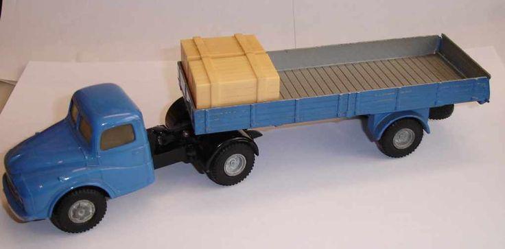 Spot On - Vans, Commercials, Cranes, Landrovers