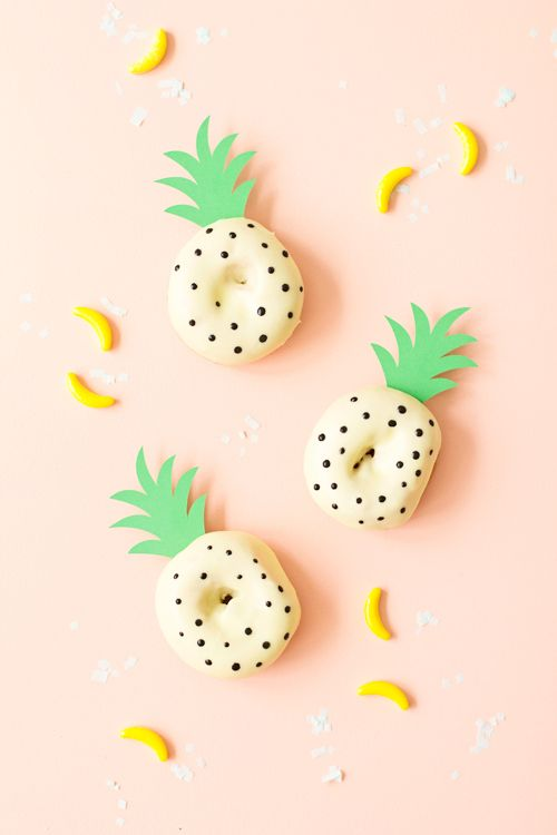 DIY Pineapple Doughnuts! Perfect for National Donut Day! | like-the-cheese.com