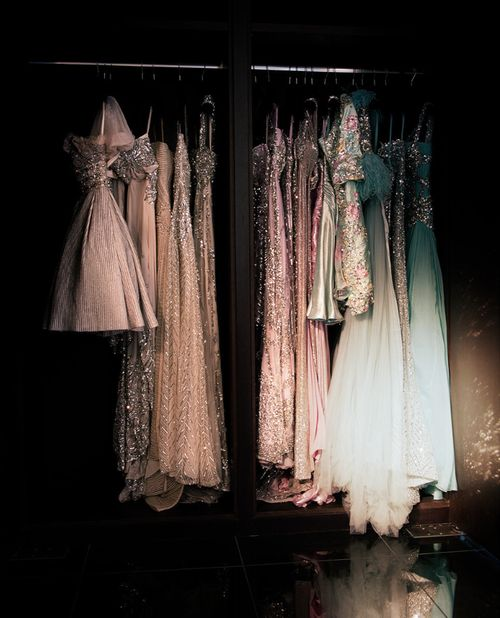 I want a wardrobe with pretty dresses like this!
