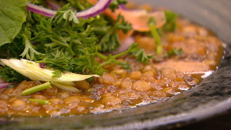 Linse-suppe med sprøde grøntsager