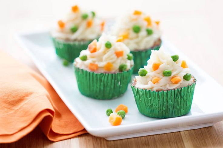 Turkey Meatloaf Cupcakes Recipe   Hungry Girl - can these be any cuter? 4 smart points each