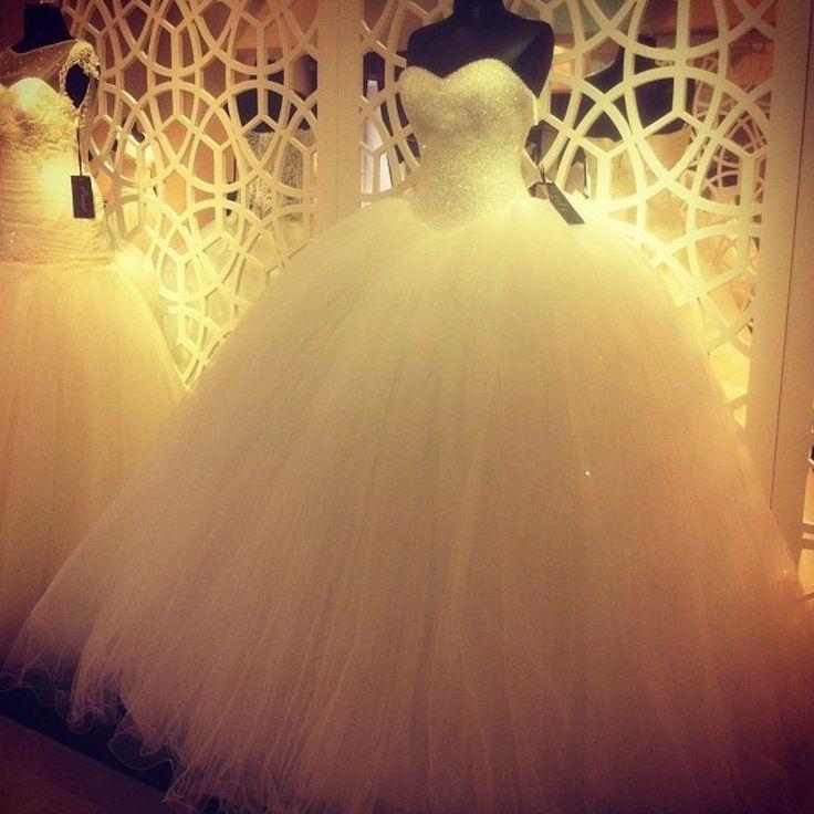 Oferta!!  9,990 pesos!   http://www.diquesinovias.info/vestido-de-novia-princesa-luna-nuevo todas las tallas