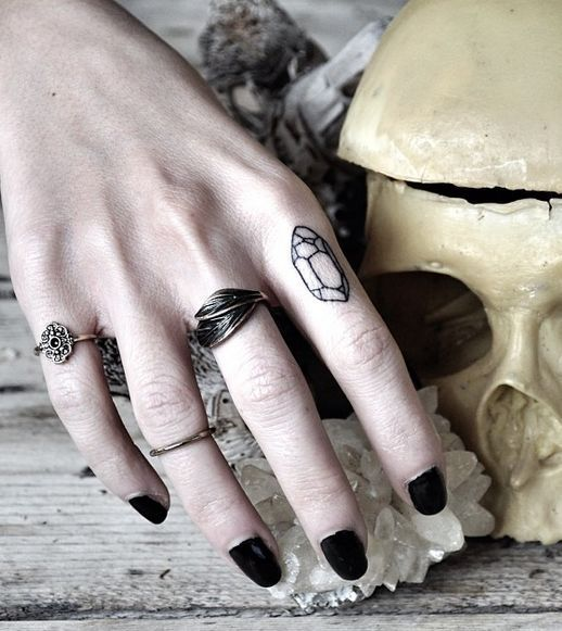 25 best stone tattoo ideas on pinterest for Clean rock one tattoos