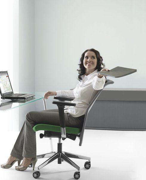 """Dbając o zdrowie i komfort siedzenia naszych klientów proponujemy nowoczesne rozwiązanie, jakim jest System VMS ORTHOPEDIC! Dzięki obecności tego systemu w fotelach gabinetowych oraz krzesłach pracowniczych możliwy jest ruch siedziska we wszystkich kierunkach i """"zmuszają""""ciało do systematycznego ruchu, aktywując przy tym układ mięśniowy i  gwarantując właściwą postawę podczas siedzenia."""