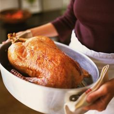 Grerman Christmas Goose Recipe - Weihnachtsgans aus dem Ofen - Maryellen Baker/Photolibrary/Getty Images