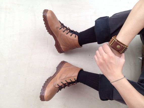 brown leather boots brown handmade shoes by MarapulaiClothing