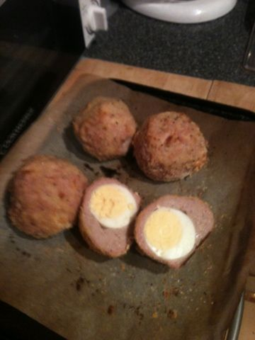 Baked Scotch eggs (slimming world friendly). Uk snack/picnic recipe.