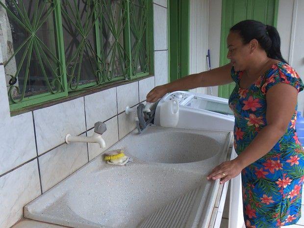 Moradores de Rolim de Moura relatam problemas no abastecimento de água - http://anoticiadodia.com/moradores-de-rolim-de-moura-relatam-problemas-no-abastecimento-de-agua/