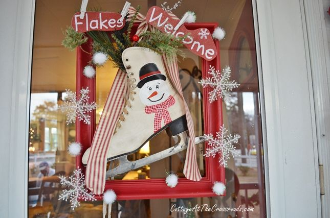 """Christmas Home Tour-Cottage at the Crossroads... I want to remember the """"Flakes Welcome"""" message!"""