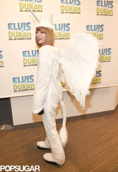 #Pegacorn | Taylor Swift's Halloween Costume Is Seriously Adorable