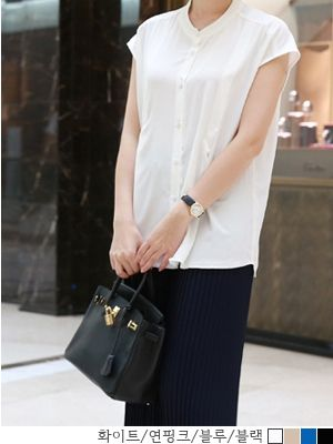 korean fashion online store [COCOBLACK] Moog Blouse / Size : FREE / Price : 51.67 USD #blouse #loosefit #missy #missyfashion #fashion #missylook #style #korea #like #want