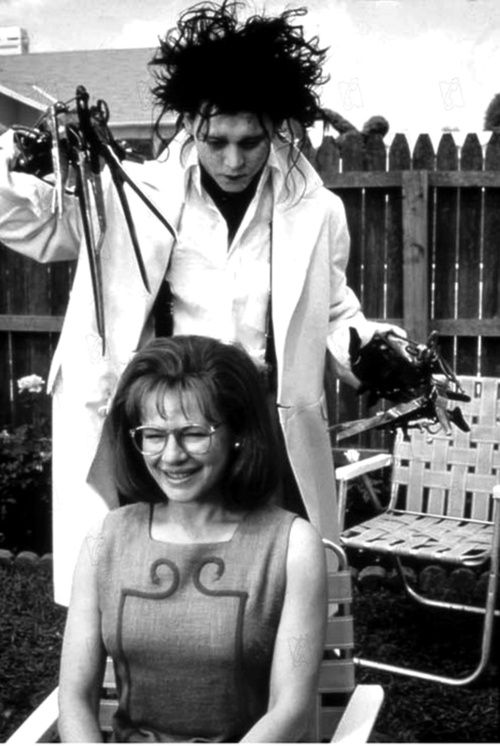 From the Movie Edward Scissorhands 1990: Edward Scissorhands played by Johnny Depp gives Peg, played by Dianne Wiest a hair cut~♛