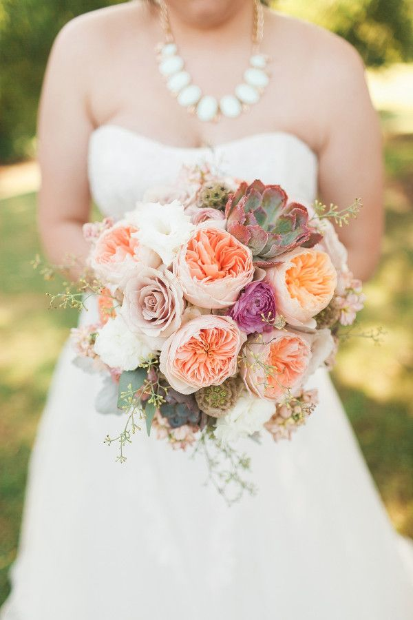 ranunculu wedding bouquet