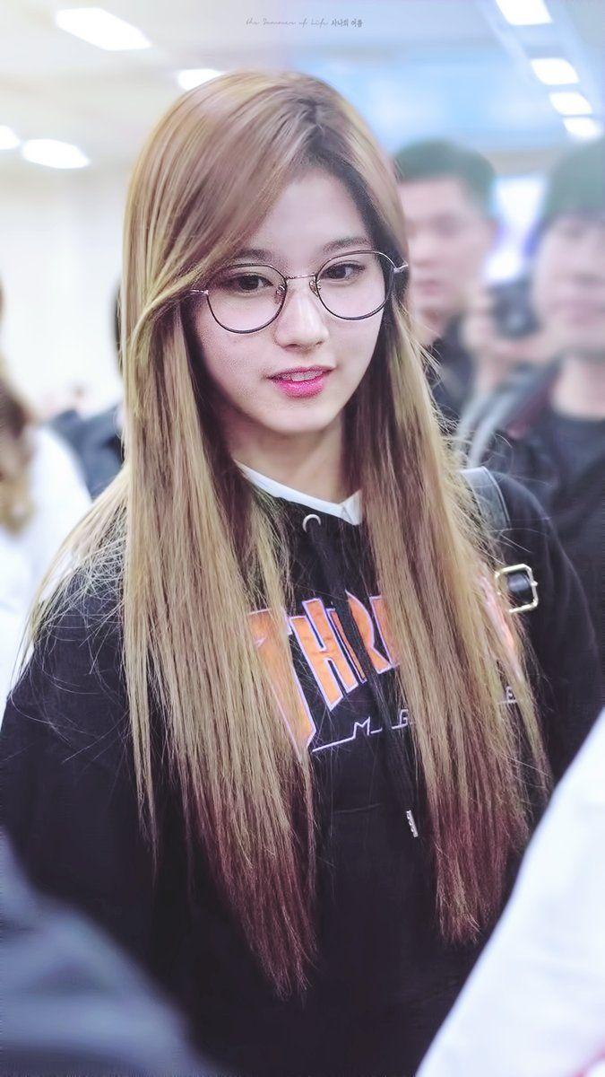 minatozaki sana | asian | pretty girl | good-looking | kpop | @seoulessx ❤️
