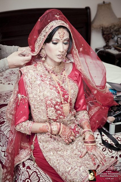 1000 Images About Bengali Wedding Dress On Pinterest