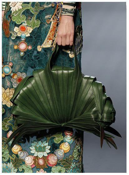 Banana leaf bag // Jean Paul Gaultier