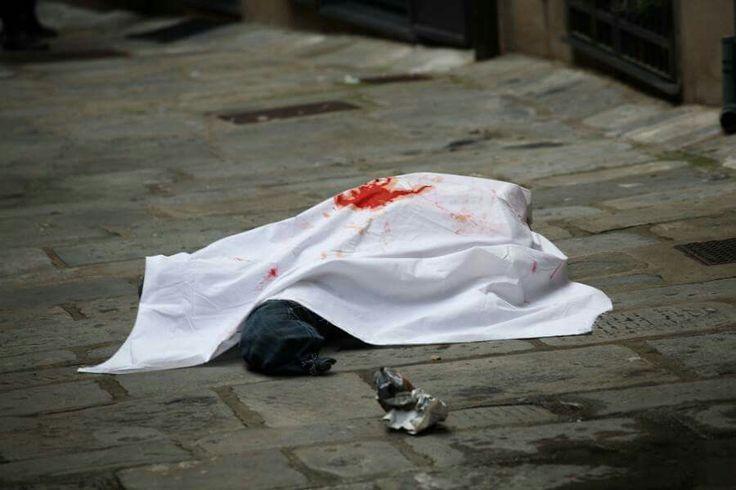 365 suicidi atto primo. Installazione artistica per ricordare le vittime della crisi economica