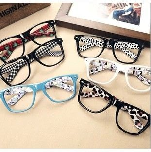 Rivets  colorful leg frame hot selling 2013 fashion plain glasses sports  women oculos  DD-075 $6.80
