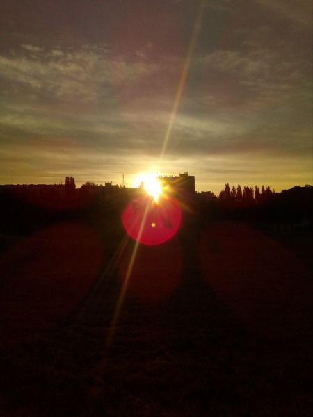 To zdjęcie bierze udział w Konkursie Fotograficznym Empikfoto. Zagłosuj! Wschód słońca – EDZIA