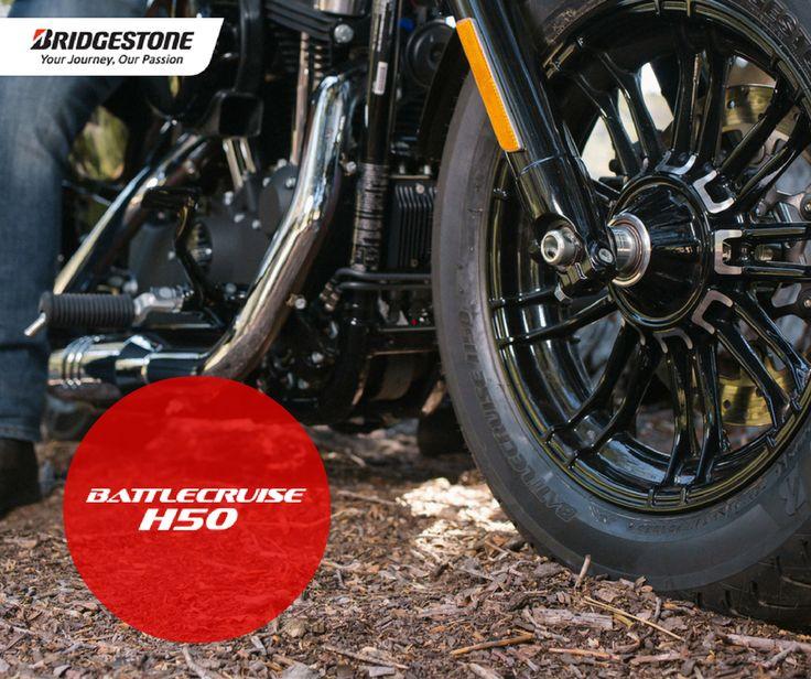 BRIDGESTONE | BATTLECRUISE H50 No passado mês de Outubro, a Bridgestone apresentou a nova gama de pneus para 2017 na INTERMOT! Agora é chegada a altura de fazerem nova estreia - na sua moto! BATTLECRUISE H50 Custom Características: - Ligação com a estrada; - Maior potência em curva; - Durabilidade; - Viagem suave e confortável. #lusomotos #bridgestone #pneus #moto #estilodevida #harleydavidson #indian #vtwin #custom #qualidade #potência #estrada #durabilidade #conforto #viagem
