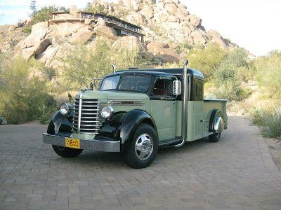Chasing Classic Cars Diamand T Truck