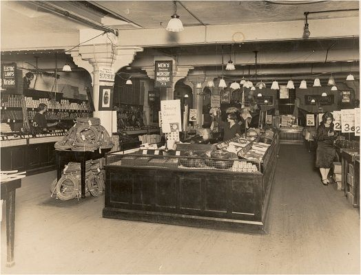 1924: Woolworths begins In Sydney. This is the bargain basement. I enjoyed shopping at Woolworths in Rosny Tasmania.