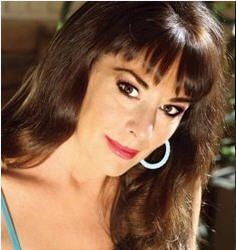 Disney Legends Paige O'Hara and Bob Gurr Coming to Orlando Mar 7-8, 2015, Destinations in Florida Sponsors Events with Disney Legends Paige O'Hara and Bob Gurr We could not be more excited and proud to announce our sponsorship of two very exclusive events on March 7th and 8th 2015 Disney Legends Paige O'Hara and Bob Gurr! Tickets are very limited, and you will not want to miss this, Contact Jennifer to book your next magical vacation!  Jennifer@yourmagicalvacationcom